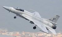 Máy bay chiến đấu JF-17 của Trung Quốc