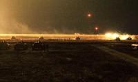 Đoàn xe quân sự thuộc lực lượng gìn giữ hòa bình Nga bị phục kích, hai bên đã đọ hỏa lực bằng vũ khí cỡ nòng lớn. Ảnh: Avia.pro.