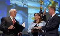 Giám đốc Bridenstine tại buổi lễ nhậm chức do Phó tổng thống Mike Pence chủ trì. Ảnh: NASA