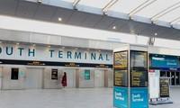 Sân bay Gatwick, Anh vào ngày 20/12, thời điểm nhiều nước bắt đầu áp lệnh cấm bay đến Anh vì e sợ đột biến virus corona chủng mới. Ảnh: PA