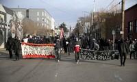 Người biểu tình ở bang Oregon. Ảnh: AP