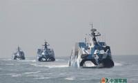 Tàu tên lửa Type 022 của Hải quân Trung Quốc. Ảnh: Chinamil