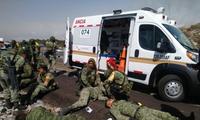 Xe chở binh sĩ ở Mexico lao xuống vực, 22 người thương vong