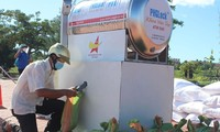 ATM gạo miễn phí của tuổi trẻ Phú Yên giúp người dân mùa dịch