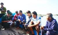 Tàu cá của ngư dân Võ Văn Lựu cũng từng bị tàu Trung Quốc ép vào bãi ngầm chìm đắm - ảnh V.C