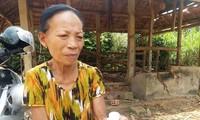 """Bà Nhi nói bà ăn chay niệm Phật và xoa thuốc của """"thần y"""" nhưng bệnh vẫn như cũ - ảnh Nguyễn Ngọc"""