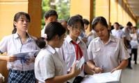 Tuyển sinh lớp 10 TP.HCM: Điểm chuẩn biến động, nhiều học sinh không đỗ cả 3 nguyện vọng
