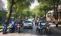 """Review chân thực thời tiết Sài Gòn: Mát mẻ, có nắng ấm nhưng không lạnh như """"quảng cáo"""""""