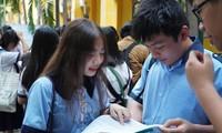 Đề thi Ngữ Văn lớp 10 TP.HCM bàn về vai trò của Lắng nghe giữa đại dịch COVID-19
