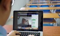 """Trải nghiệm học online: Vui cũng có mà """"khó đỡ"""" cũng nhiều lắm nha!"""