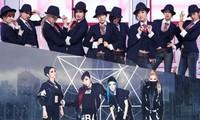 """Fan SNSD cùng 2NE1 mở cuộc """"funwar"""" thi cày view cho hai ca khúc hit đình đám một thời"""
