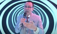 MC Lại Văn Sâm chia sẻ áp lực khi nhận lời dẫn 'Ký Ức Vui Vẻ' mùa ba