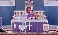 Linh mục bật nhầm nhạc rap trong lễ ban phước