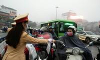 Công an Thành phố Hà Nội phát tặng 75.000 khẩu trang y tế cho nhân dân Thủ đô