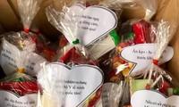 Những món quà được cán bộ Ban Tuyên giáo tỉnh Đoàn Nghệ An gói ghém cẩn thận cùng những lời nhắn tràn ngập yêu thương.