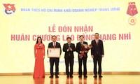 Đoàn Khối Doanh nghiệp T.Ư vinh dự đón nhận Huân chương Lao đông hạng Nhì