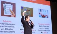 Các start-up trình bày dự án trước hội đồng giám khảo tại chung kết Cuộc thi VinaCapital Ventures VietChallenge (V3 Track). Ảnh: Lâm Đăng Hải