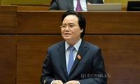 Bộ trưởng Phùng Xuân Nhạ xin lùi dự án Luật Giáo dục sửa đổi sang kỳ 7.