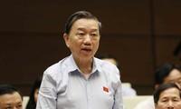 Đại tướng Tô Lâm, Bộ trưởng Bộ Công an đăng đàn trả lời chất vấn tại Quốc hội
