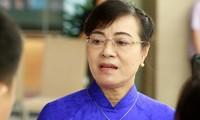 ĐB Nguyễn Thị Quyết Tâm trả lời báo chí sáng nay