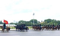 Kỵ binh cảnh sát cơ động sẽ diễu hành tại đường Độc Lập. Ảnh IT