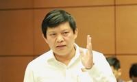 Đại biểu Phạm Phú Quốc (đoàn TP HCM)