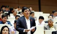 Ông Phạm Phú Quốc trong một lần phát biểu tại hội trường. Ảnh QH