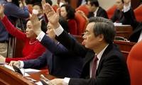 Ban Chấp hành Trung ương giao cho Bộ Chính trị và Tiểu ban nhân sự tiếp tục xem xét, bổ sung, hoàn thiện các phương án nhân sự để báo cáo Ban Chấp hành Trung ương xem xét, quyết định tại Hội nghị Trung ương 15 sắp tới.