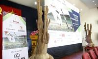 Đấu giá cây trầm hương quý hiếm tại Tiền Phong Golf Championship 2018