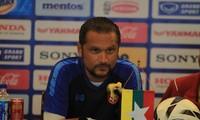 HLV trưởng tuyển U23 Myanmar Velizar Popov
