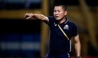 Rơi chiến thắng vào phút chót, HLV Hà Nội trút giận lên trọng tài