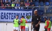 Văn Hậu dự bị tại SC Heereveen, cổ động viên an ủi 'mới là trận đầu tiên'