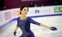 Nữ thần trượt băng Nga bị chỉ trích vì 'đi linh tinh' giữa mùa dịch