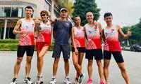 Đội hình Magic Stride mang áo đấu đặc biệt tại Tiền Phong Marathon