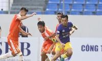 Văn Quyết, Việt Anh bị cấm thi đấu, CLB Hà Nội khủng hoảng lực lượng