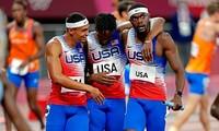 Các nam VĐV điền kinh Mỹ giành HCV thứ 2 tại Olympic Tokyo