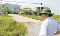 """Nhà máy Ehtanol Phú Thọ khởi công rồi """"đắp chiếu"""" nhiều năm. Ảnh: Minh Đức"""
