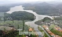 Hồ Đồng Bài (xã Phú Minh, huyện Kỳ Sơn, tỉnh Hòa Bình), nơi nhà máy nước Sông Đà lấy nước trực tiếp để xử lý. Ảnh: Mạnh Thắng