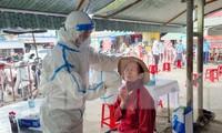 Nhân viên y tế trong bệnh viện dã chiến Đà Nẵng dương tính SARS-CoV-2