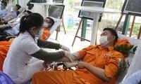 450 'chiến sĩ áo cam' hiến máu giúp người bệnh