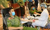 Chiến sĩ Công an Bắc Ninh hiến máu cứu người