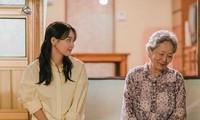Những câu thoại ấm lòng trong Hometown Cha Cha Cha: Nhớ nhất câu Shin Min Ah nói về bố mẹ