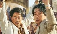 """Bom tấn """"Đào thoát khỏi Mogadishu"""" của Jo In Sung sẽ đại diện Hàn Quốc tham dự Oscar 2022"""