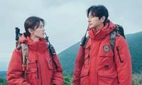 """Jeon Ji Hyun diễn hài trong """"Jirisan"""": Netizen chê làm lố, Joo Ji Hoon lại khen hết lời"""