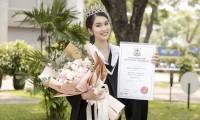 """Á hậu Phương Anh xứng danh """"con nhà người ta"""" với số điểm tốt nghiệp ĐH cao nhất ngành"""