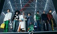 BTS trình diễn trong show Louis Vuitton Thu Đông 2021 dành cho nam, ngầu hơn cả mẫu xịn