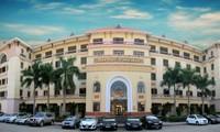 Mới nhất về tuyển sinh Đại học 2021: Đại học Y Hà Nội công bố phương thức xét tuyển