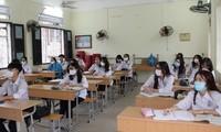 Tổng hợp loạt đề thi Văn vào lớp 10 của các tỉnh thành, teen Hà Nội tham khảo ngay!