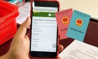 Từ ngày 1/7: Người dân có thể đăng ký hộ khẩu trực tuyến và nhận thông báo qua tin nhắn