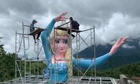 Tượng Nữ hoàng băng giá Elsa ở Sapa bị tháo dỡ do ảnh hưởng đến mỹ quan của địa phương